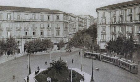 piazza-vanvitelli-centro-moda-napoli-extrasize-taglie-forti